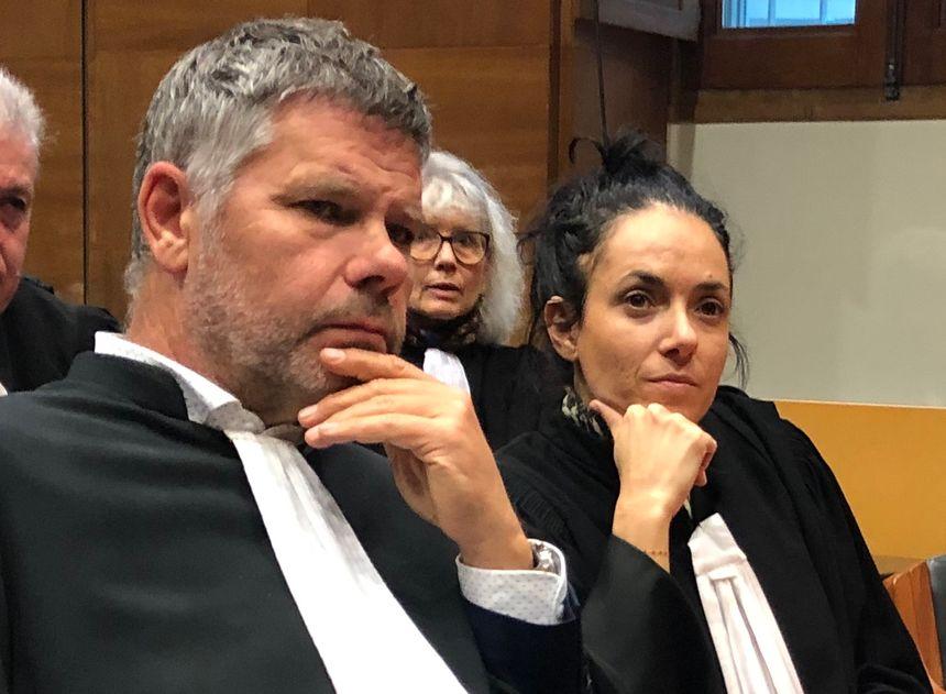 Me Julia Tiberi et Me Jean-Paul Eon, les bâtonniers ajacciens et bastiais