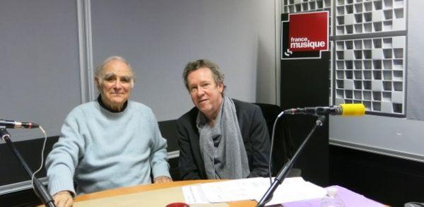 France Musique, studio 361... Le chef d'orchestre Roberto Benzi & Benoît Duteurtre, producteur de l'émission (g. à d.)