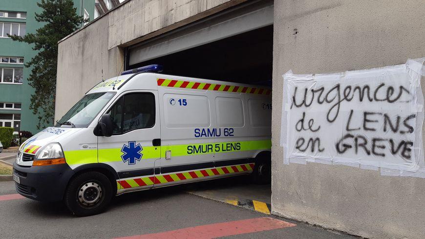 Les urgences de Lens, comme ailleurs en France, avaient entamé un mouvement de grève pour dénoncer le manque de personnel.