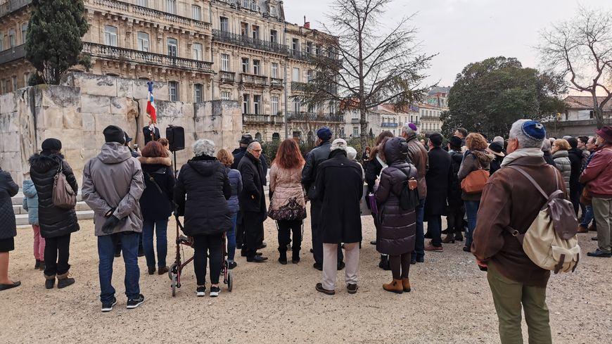 Une soixantaine de personnes se sont retrouvées devant le monument des Martyrs de la résistance en hommage aux victimes de la Shoah.