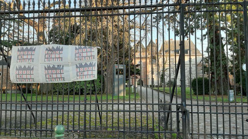 Le lycée Corot de Savigny-sur-Orge est perturbé par la mobilisation des enseignants contre la réforme du bac.