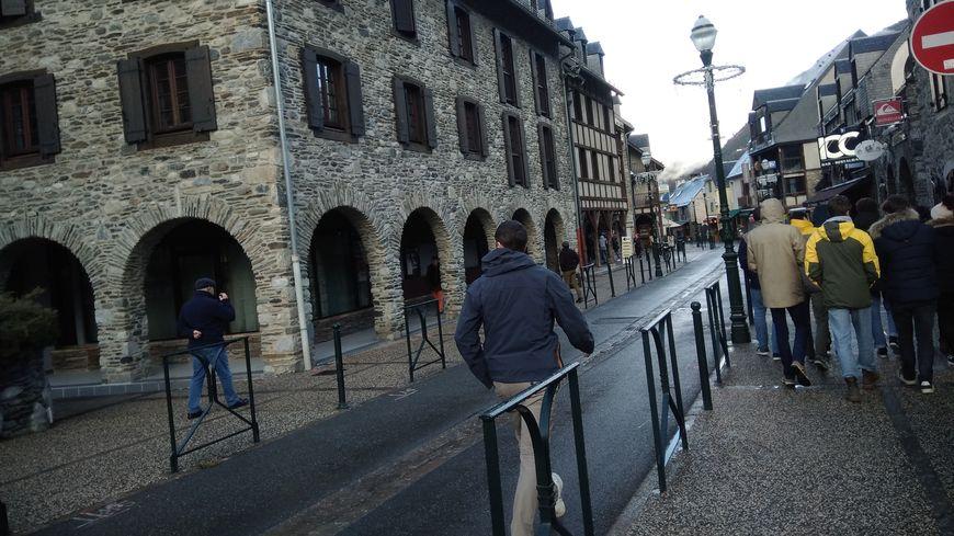 La station de ski de Saint-Lary offre une vie de village et le plaisir des pistes.