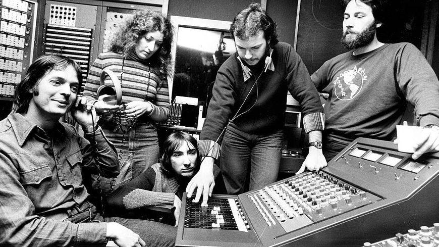 Beau Dommage en studio à Toronto pour l'enregistrement de leur troisième album.