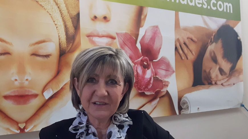 Nathalie Gauthier directrice des Thermes des Fumades ou l'on soigne la dermatologie , les affections des voies respiratoires , des muqueuses buccales , la rhumatologie sans oublier son espace bien être
