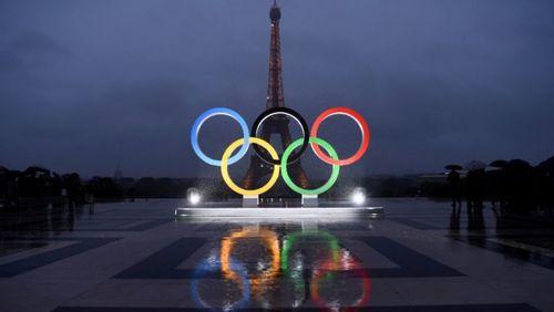 Le sport, arme de séduction massive (3/4) : De l'ovalie à l'olympisme : Paris sur le podium