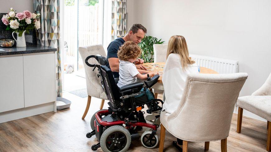 Comment soulager les difficultés du quotidien d'une famille avec un enfant porteur d'un handicap