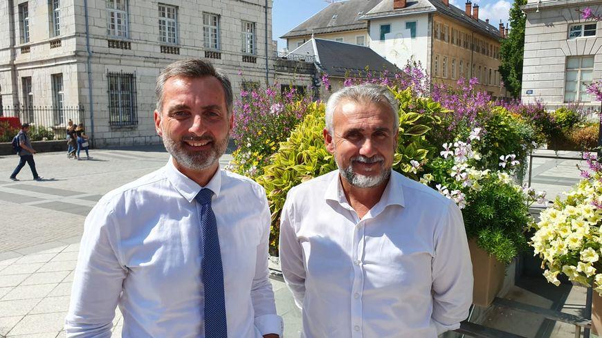 Esman Ergul (à d.) avec Christian Saint-André qui lui attend une décision LREM concernant Chambéry