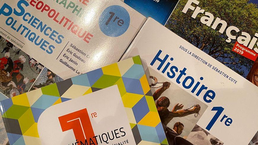 Réforme du bac : nouveaux programmes, nouveaux livres pour les élèves de première. (Photo d'illustration)
