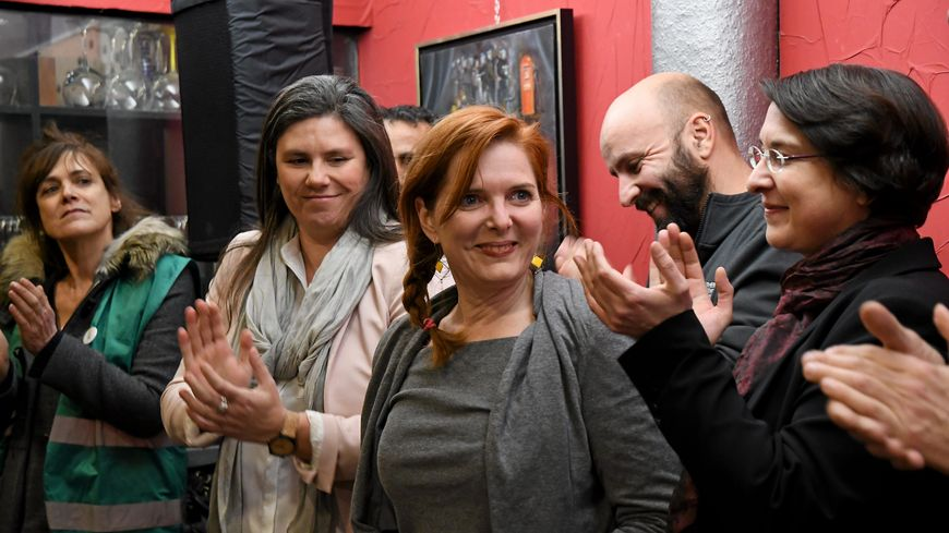 Clothilde Ollier annonçant le maintien de sa candidature à Montpellier lundi 20 janvier sans le soutien d'EELV