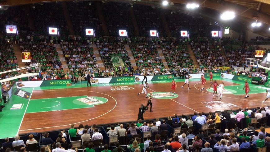Les entraînements du vendredi se font désormais dans une ambiance digne des soirs de grands matchs pour les basketteurs du Limoges CSP.