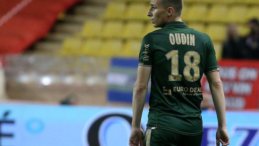 Rémi Oudin change de maillot. Le milieu offensif rémois arrive à Bordeaux