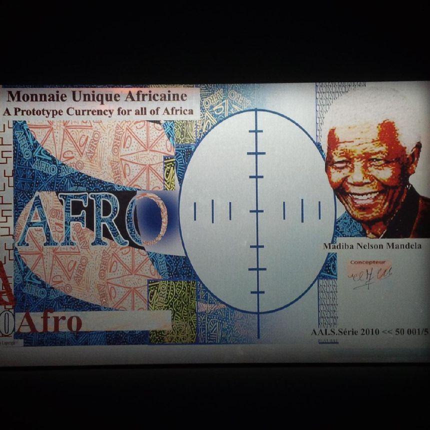 l'Afro frappé par Mansour Ciss.