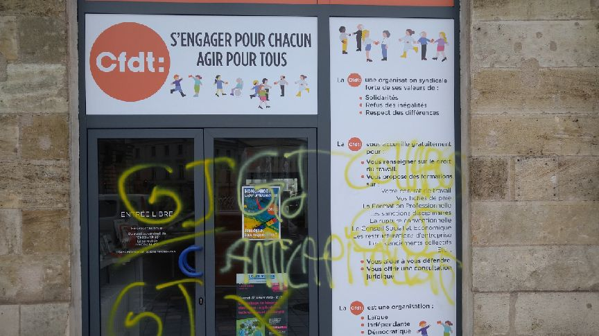 Le local de la CFDT place Jean Jaurès à Tours a été taggé probablement dimanche