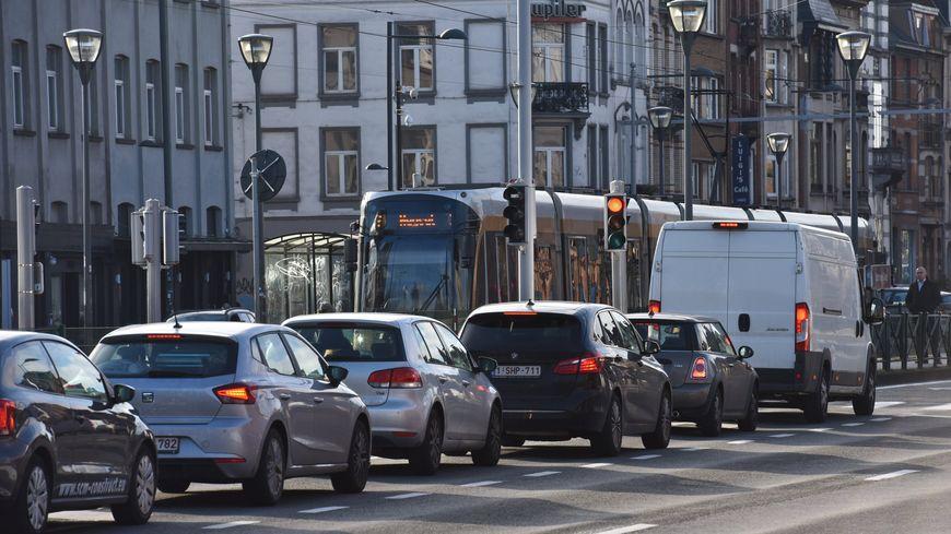 55% des Français disent se déplacer en voiture au quotidien par obligation et pas par choix.