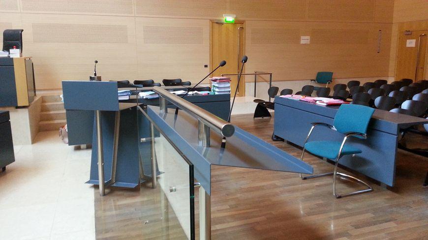 La salle d'audience des assises du tribunal d'Avignon