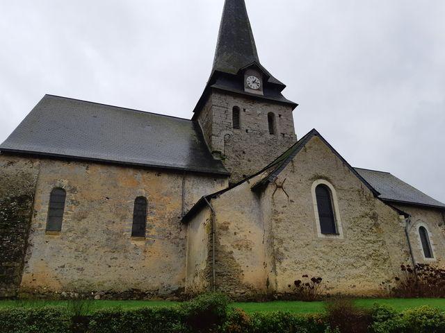 L'église du XIe siècle est en cours de rénovation grâce à une association du village
