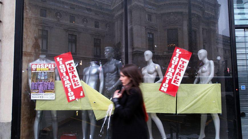 Certains commerces franciliens pourraient mettre la clé sous la porte après les grèves contre la réforme des retraite.