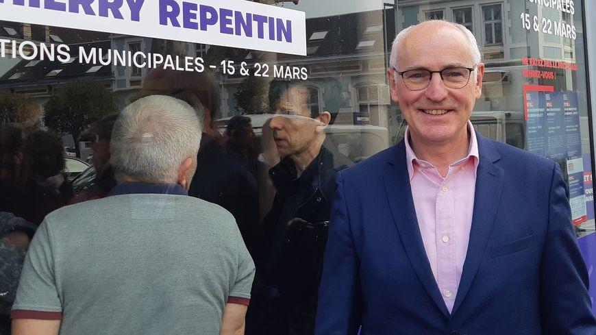Thierry Repentin a inauguré ce samedi un local de campagne en centre-ville de Chambéry, et en ouvre un autre ce dimanche à Chambéry le Haut