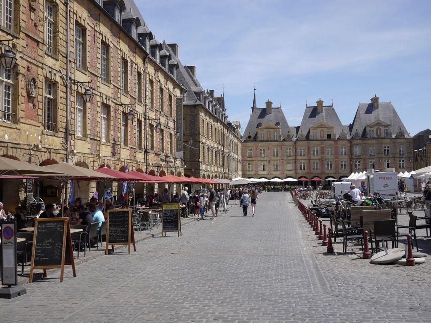 La place Ducale à Charleville-Mézières, juin 2019