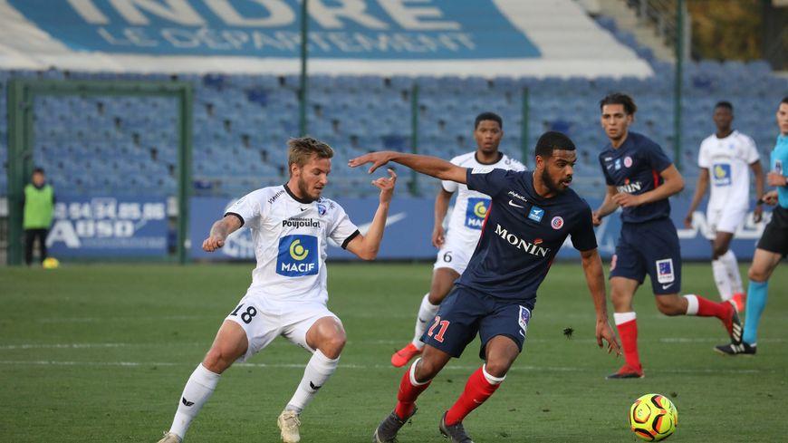 Christopher Opéri et ses coéquipiers n'ont pas réussi à battre les Niortais au stade Gaston-Petit (1-1)