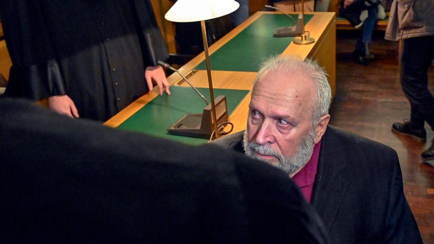 Procès de Bernard Preynat, accusé d'agressions commises entre 1971 et 1991, alors qu'il officiait comme vicaire aumonier scout à Sainte-Foy-lès-Lyon (Rhône).