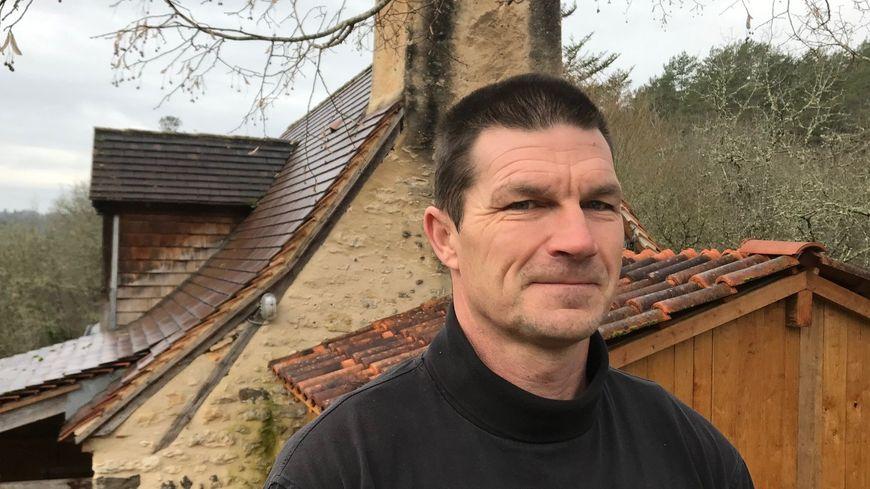 Mark Lawrence vit à Plazac depuis 27 ans et souhaite obtenir la nationalité française