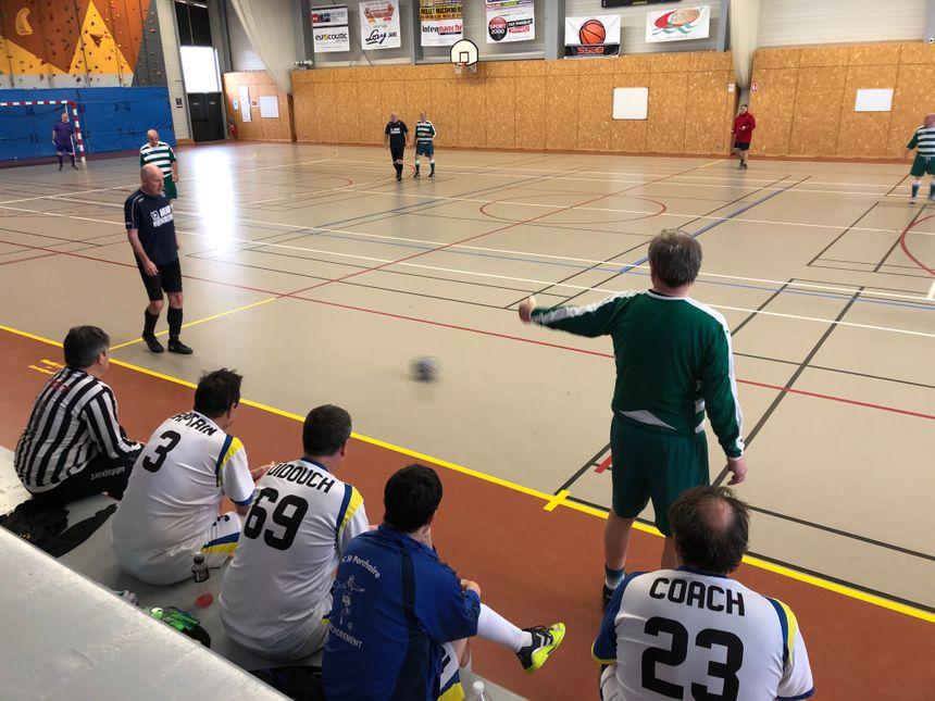 Trois équipes de Charente-Maritime, Limoges et Dun-le-Palestel se mesurent au gymnase de Bonnat ce dimanche