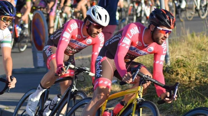 L'équipe route de Laval Cyclisme 53 accède au plus haut niveau amateur.