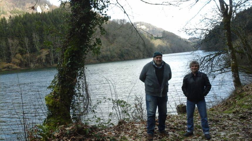 Christophe et Pierre, dans un paysage dont ils réalisent chaque jour la magie...
