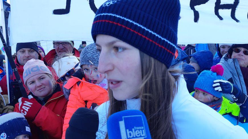 La Franc-Comtoise Joséphine Pagnier a remporté la médaille d'argent en saut à ski aux JOJ.