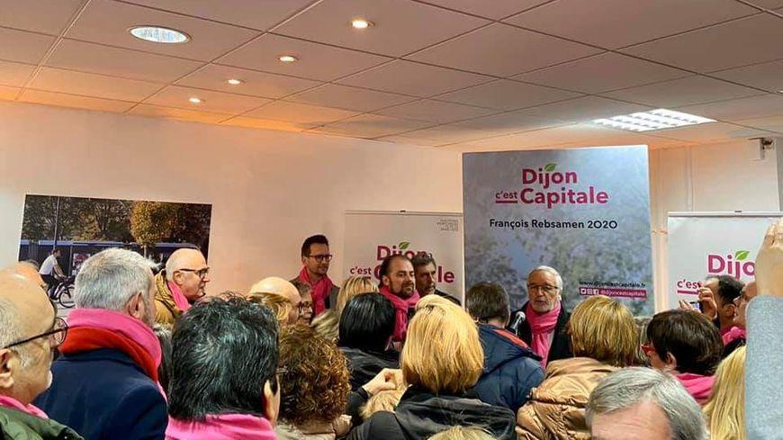 François Rebsamen, qui brigue un quatrième mandat à la mairie de Dijon, lors de l'inauguration de son local de campagne ce samedi 25 janvier 2020