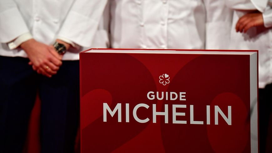 Le Guide Michelin, la Bible des gastronomes.