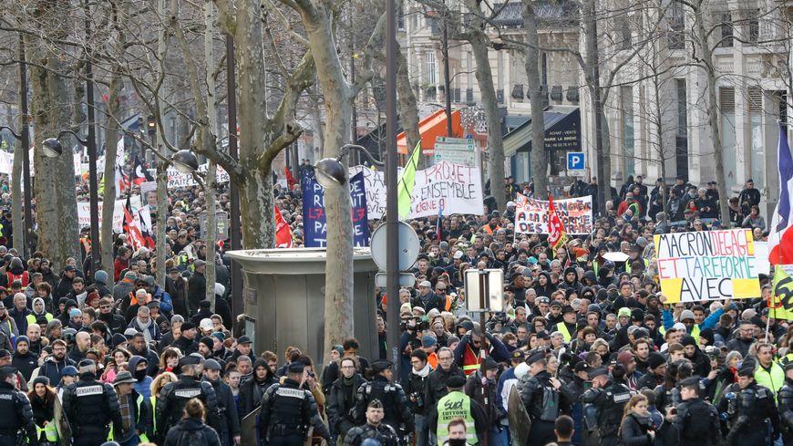 Reforme Des Retraites Manifestation A Paris Et Dans Plusieurs Villes De France