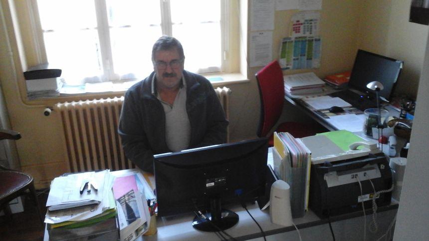 Philippe Vurpillat dans son bureau voisin de l'Agence Postale
