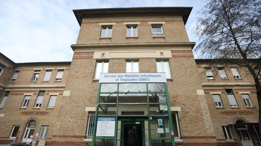 Deux des malades infectés par le coronavirus apparu en chine sont hospitalisés à hôpital Bichat à paris.