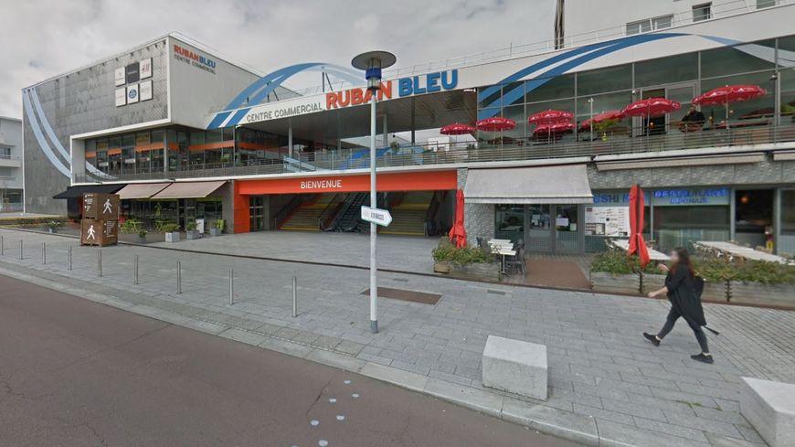 L'un des vols a eu lieu au centre commercial Ruban bleu de Saint-Nazaire