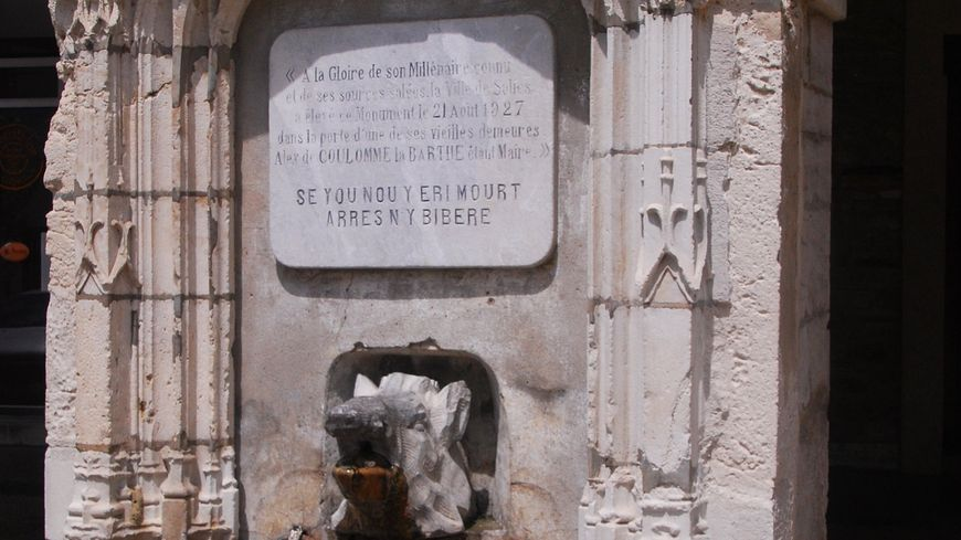 La fontaine salée, théâtre de convoitises...
