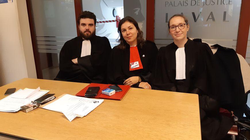Des avocats du barreau de Laval se sont relayés toute la journée pour assurer des consultations gratuites
