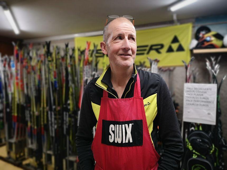 Marc Champiot-Bayard, gérant de la Grange aux skis à Autrans