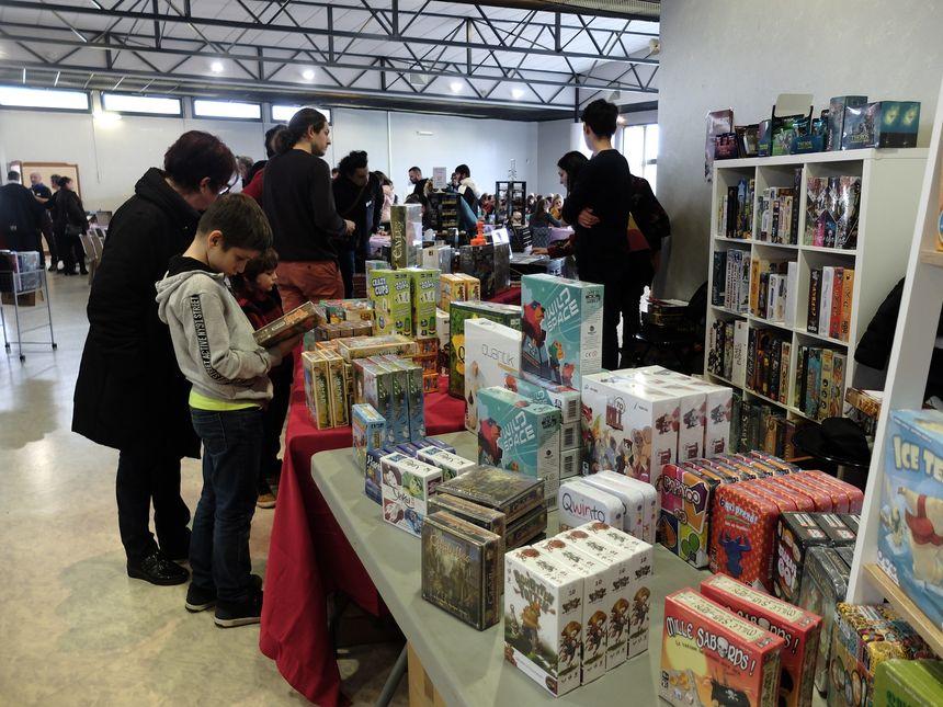 De nombreux jeux sont proposés à la vente