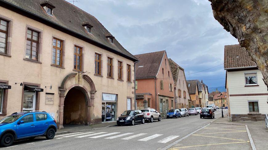 Issenheim, rue de Guebwiller
