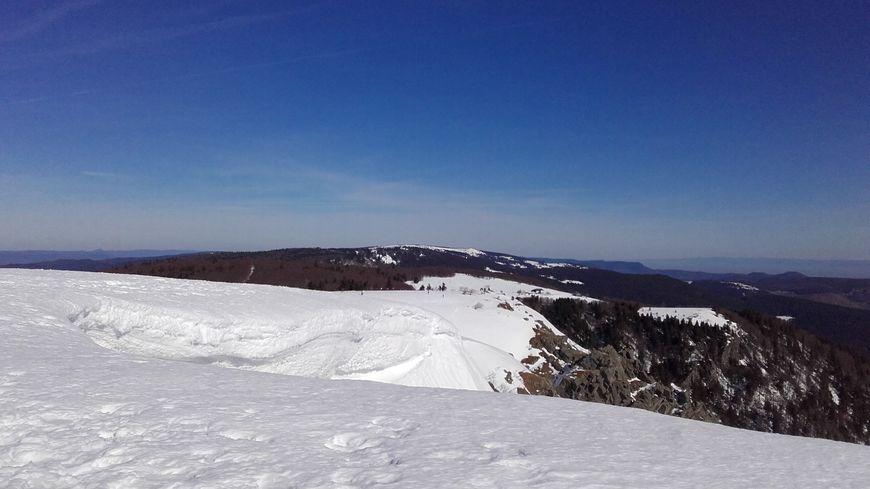 La crête du Hohneck à nouveau enneigée dans le massif des Vosges comme en février 2019 ?