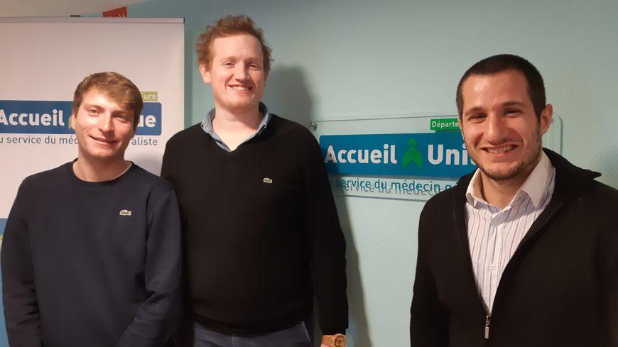 Florian, Alexis et Xavier sont internes en médecine générale et se félicitent de cet accueil unique qui facilitera leurs démarches s'ils s'installent dans l'Eure