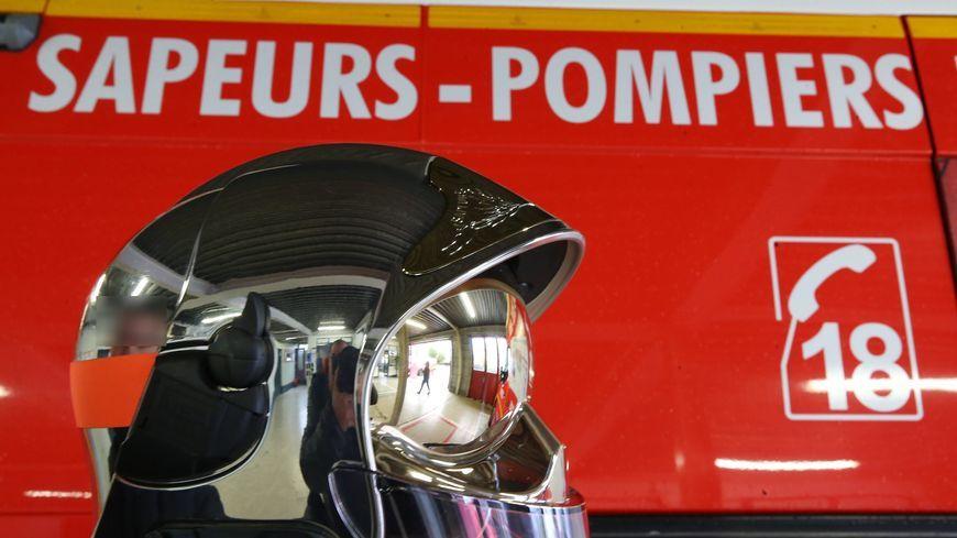 Selon les pompiers, deux voitures sont impliquées dans cet accident survenu à Mayenne.