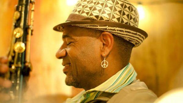 Jazz Trotter : Kirk Whalum - Humanité