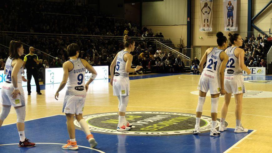 Les landaises ont été menées durant toute la rencontre par Landerneau, malgré de belles remontées au score en milieu de match