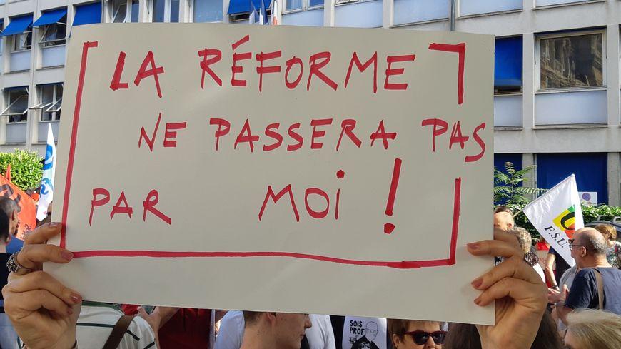 La réforme du bac est un chaos, source d'angoisse pour les lycéens déplore Willy Pelletier, chercheur à l'UPJV d'Amies