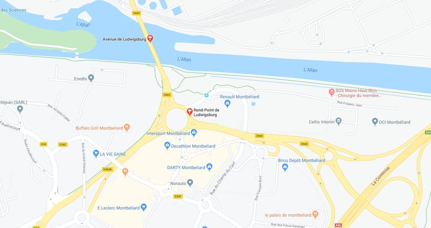 L'accident s'est produit au rond point de Ludwigsburg à Montbéliard