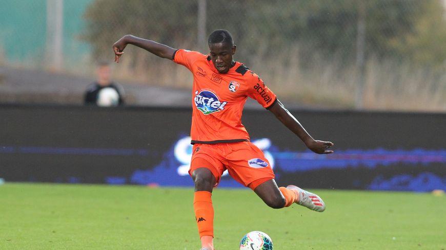 Youssouf Ndiaye a inscrit son premier but sous les couleurs lavalloises.