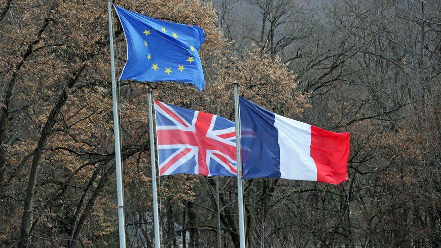La priorité pour les Britanniques sera d'obtenir ou renouveler une carte de séjour. photo d'illustration